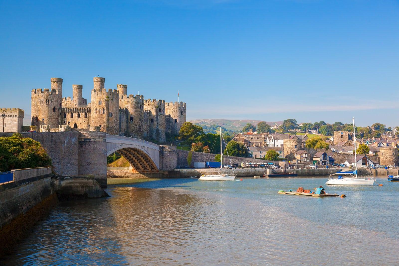 Petrostrat Conwy Castle Wales