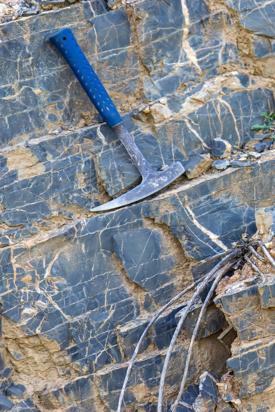 Petrostrat Lithology Cliff Portrait